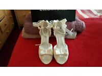 bridal shoes ivory brand new size 5