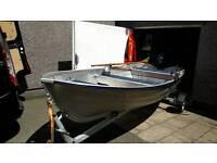 Linder 440 fishig open day boat yamaha 4 hp 4 stroke