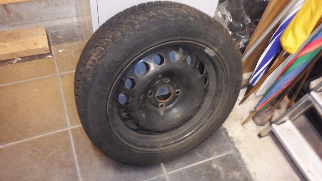 Winter tyres and steel wheel rims