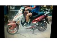 Motorscooters for sale 125 scooter 2005 mot July 2018 5000 miles all in working order
