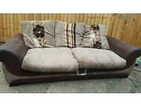 3 seater sofa excellent clean condition