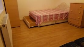EXTRA LARGE, CLEAN DOUBLE ROOM
