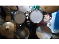 5 piece drum kit rockburn with double bass pedal and replacement heads