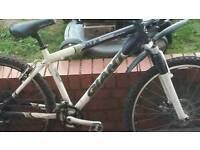 "Cheap giant mountain bike 24"" frame 26"" wheels"