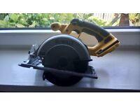 Only used for DIY jobs, Dewalt DC390XRP 18 v cordless Circluar saw, see photos & details