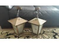 2 MATCHING VINTAGE METAL & GLASS HANGING LANTERNS LIGHTS HALLWAY PORCH OUTDOOR