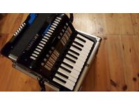 J.MEISTER ACCORDIAN BLACK IN HARD CASE GREAT CONDITION LIKE NEW WOULD MAKE A IDEAL XMAX GIFT...