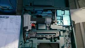 Bosch Professional GTX40 Pneumatic Narrow Crown Finishing Stapler. With carrycase in original box