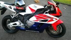 Honda CBR1000rr4 Fireblade