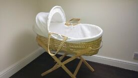 Moses crib, organic mattress, bath and bouncer (package)