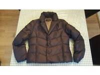 Per una size medium jacket.