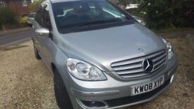 Mercedes B150 automatic 2009 MOT til November great condition