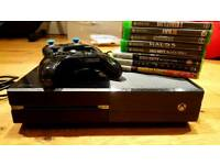 Xbox One with 8 Games + 2 Controllers / Perfect Working Order / Great Conditon