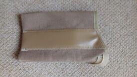 Extra Large Wrist Splint - clean and unused, FREE