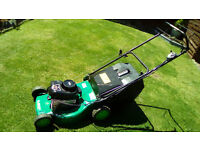 BRIGGS AND STRATTON 150cc SELF PROPELLED PETROL MOWER