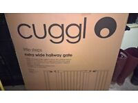Cuggl Extra wide stair gate