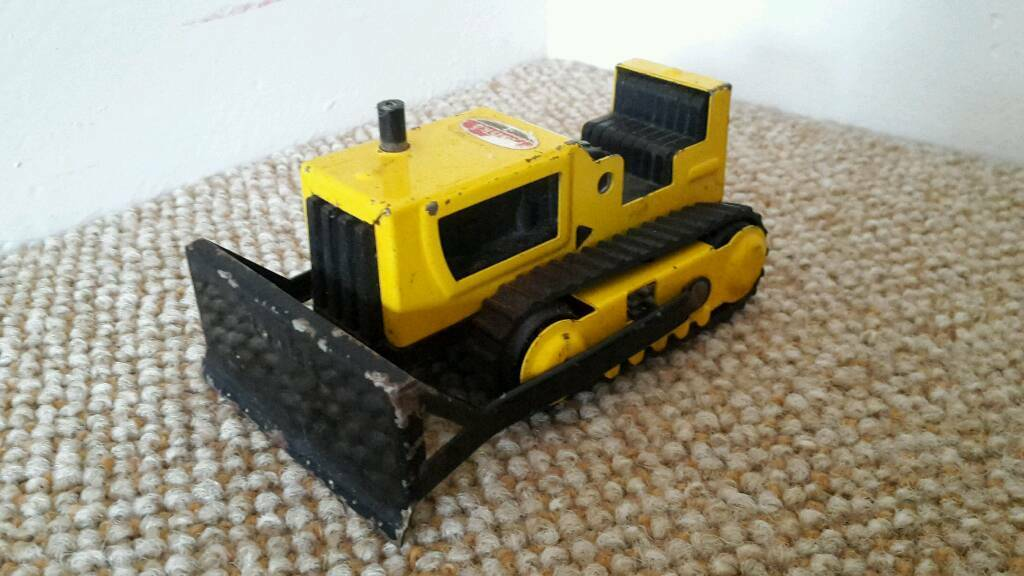 Tonka pressed steel 1970s Bulldozerin Bridgwater, SomersetGumtree - Tonka pressed steel 1970s BulldozerIn a playworn conditionStill has original tracks and sticker£5 (plus p&p payment via PayPal if item to be posted)