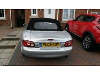 Lovely Mazda MX5 FOR SALE. Metallic Silver, no rusty arches, MOT April18, new tyres/brakes/clutch.