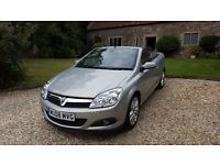 Vauxhall Astra Twintop 1.8 Design. Low Mileage. MOT'd and Serviced in April. FSH.