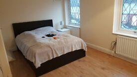 Rooms or house in Canly, close to Warwick University