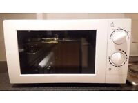 White Microwave 17L Manual, George Home GMM101W/GMM101R