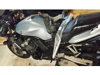 Yamaha fzs 600, 2003. Spare or repair. No mot. Green slip only.