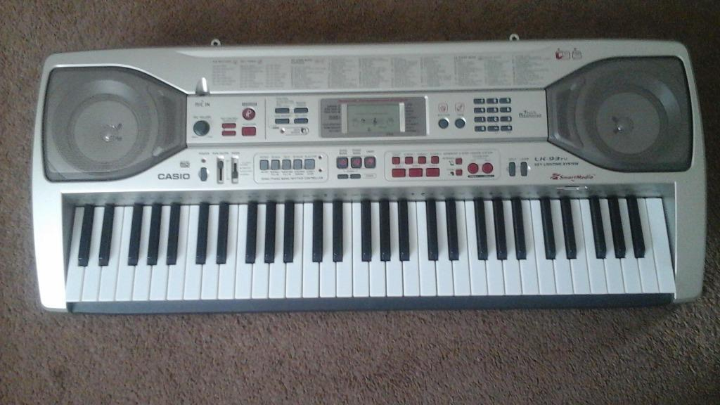 casio electric keyboard in moorends south yorkshire gumtree. Black Bedroom Furniture Sets. Home Design Ideas