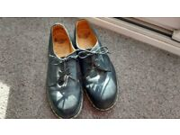 Original Dr Martens Air Wair shoes without steel toe-caps, size 9