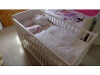 ** FREE!! KIDDICARE SOMERSET COT BED MKII WHITE (PLUS BEDDING) **