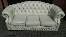 Chesterfield 3 seater leather sofa. EXCELLENT CONDITION! BARGAIN!