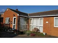 Immaculate 3 Bed Detached Bungalow, bathroom, separate WC close to Maidenhead centre and railway