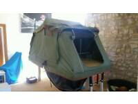 Roof tent and awning