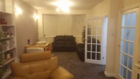 3 Bed Semi Detached House for Rent - Fully Furnished