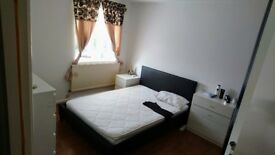 Double bedroom in a quite residential area. £580 pm all bills included