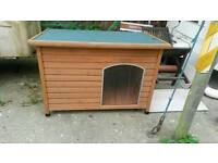 Large dog kennel (as new)