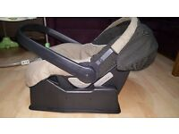 Travel system Mamas & Papas Primo Viaggio pushchair with matching car seat