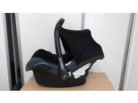 MAXI COSY BABY CAR SEAT PRE OWNED