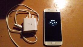 Unlocked samsung galaxy s7 32gb white