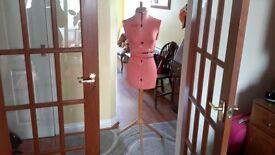 Vintage dress maker's manequin