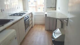 FINSBURY PARK, N8 9RU-LOVELY LARGE 1 BED FLAT TO LET-FANTASTIC LOCATION! GREAT VALUE!!