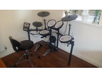 Roland TD-11KV VCompact (2014) & Throne Stool