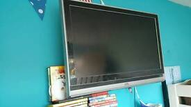 "40"" Jvc flat screen TV with stand and manual and remote"