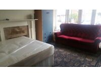 Cheap student room to let