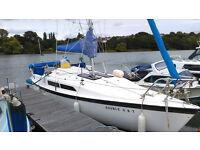 MacGregor 26C sail boat