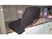 Wind deflector for Astra Twin Top