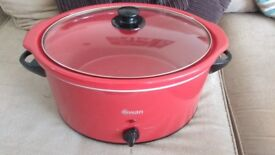 Great condition Swan Slow cooker