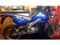 Peugoet XP6s 2smoker supermoto water cooled 50cc banded 2007 plate cbt learner legal