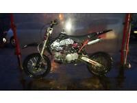 DEMON X 140cc PITBIKE ( NOT CROSSER/ QUAD/ 125cc/ MOTORBIKE/ MOTOBIKE)