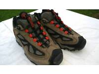 Womens Timberland walking shoes. Size uk 4. Never worn! Cost £60 new!