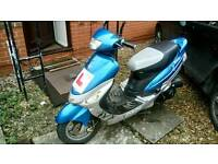 Scout 49 scooter (needs repairing)